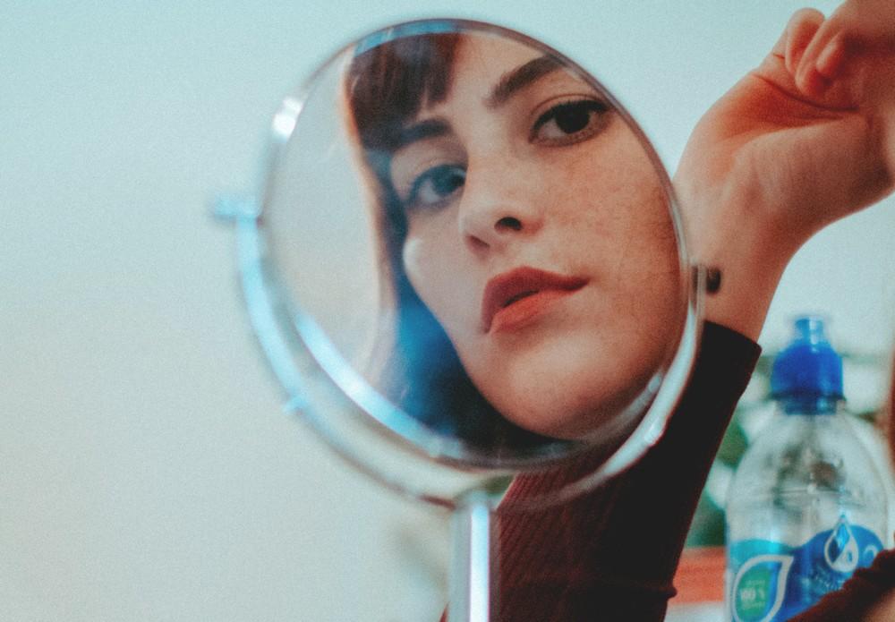 Se réconcilier avec le miroir